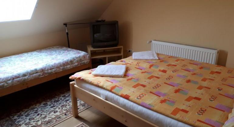 Langa Cluj Napoca Pensiunea Valentin Floresti